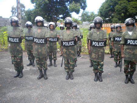 UN AGENT DE LA POLICE DE L'ÎLE AGRESSE A SON DOMICILE